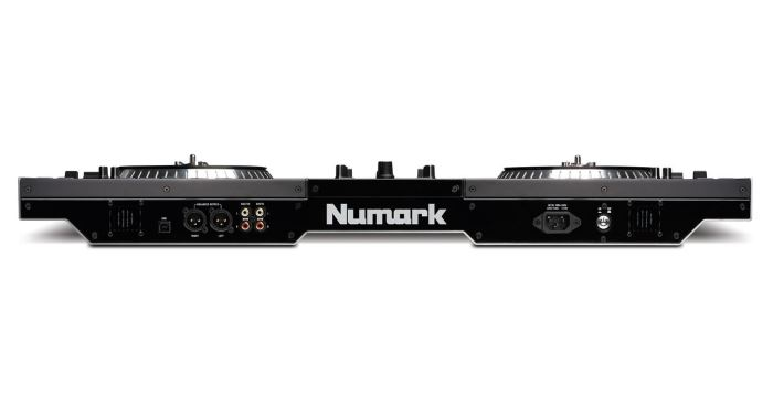 Numark NS7III front view