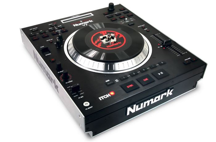 Numark V7 Review – Motorised DJ Turntable Software Controller